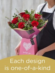 Gift box made with deluxe roses