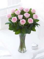 Elegant Pink Rose Arrangement